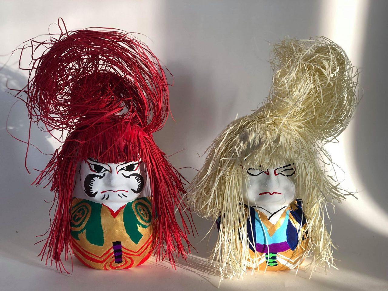 <蓮獅子達磨-赤-RENJISHI DARUMA-RED-と蓮獅子達磨-白-RENJISHI DARUMA-WHITE- ルミコ・ハーモニー作>